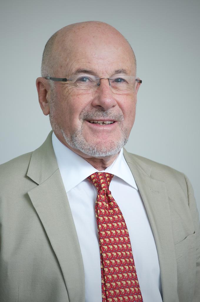 Dr Peter Moodie
